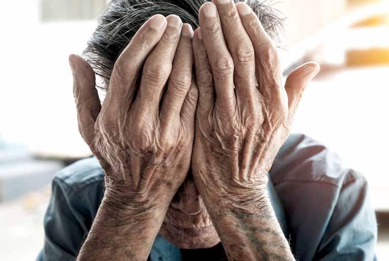 Alzheimer e Parkinson: esperimenti illegali in una clinica!