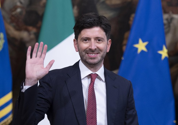 """Consulta Professionisti Sanitari. Fnopi plaude al Ministro Speranza: """"Sia garante""""."""