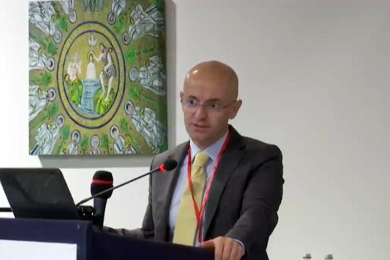 Giancarlo Cicolini diventa infermiere-ricercatore a Bari.
