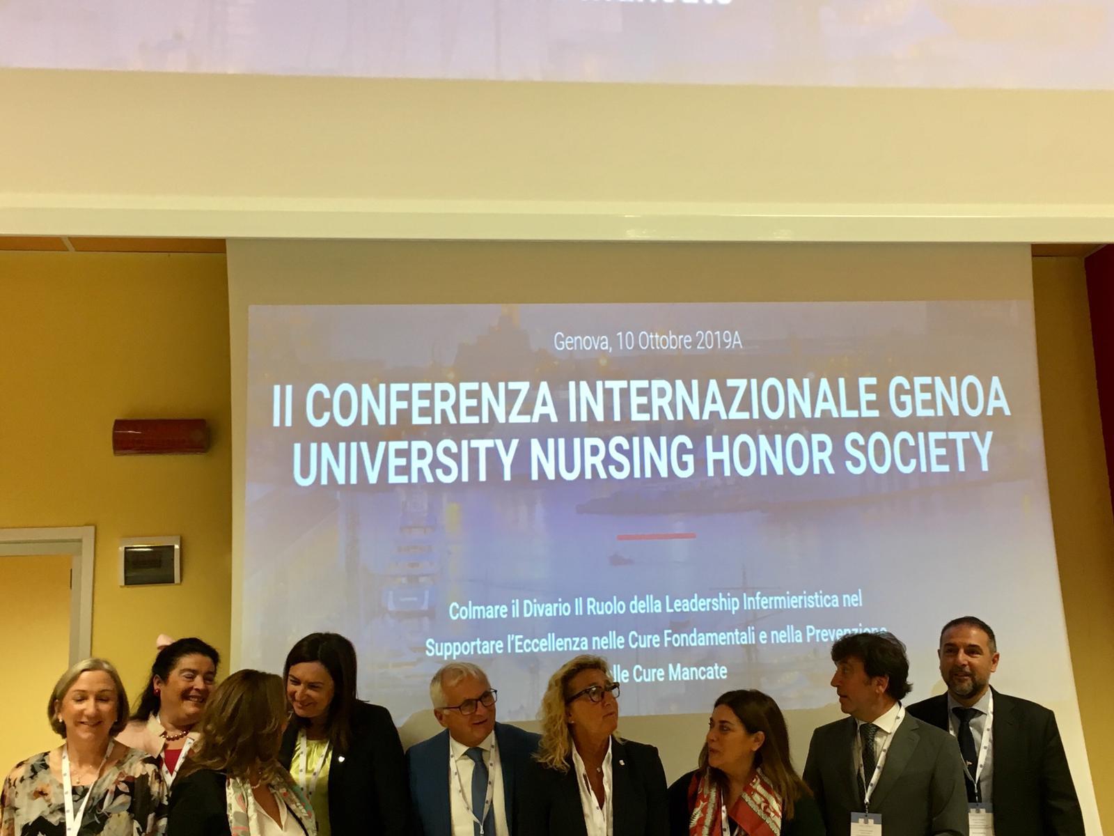 La leadership Infermieristica premiata a Genova durante il 2° GNHS.