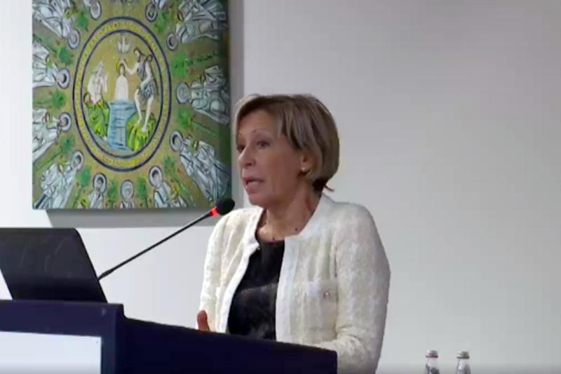 Silvia Mambelli, dirigente infermieristica e delle professioni sanitarie AUSL Romagna, si è dilungata sull'importante riorganizzazione in essere nell'azienda sanitaria da lei rappresentata.