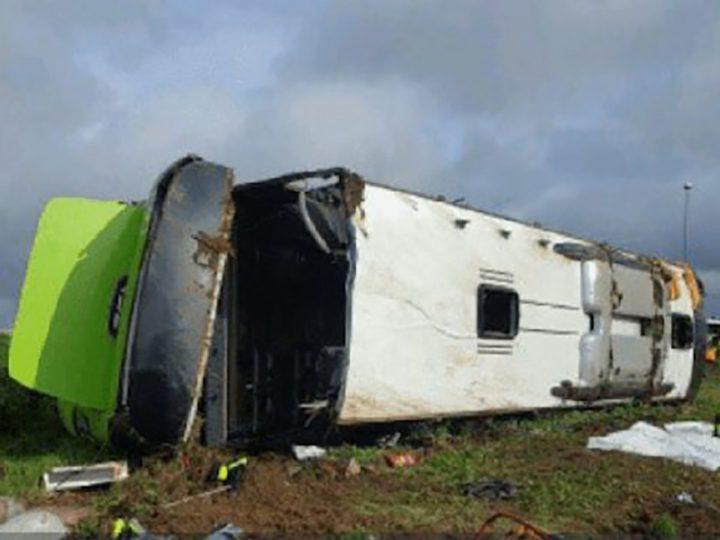 Attenti a Flixbus: altro autobus si ribalta. Per fortuna solo feriti.