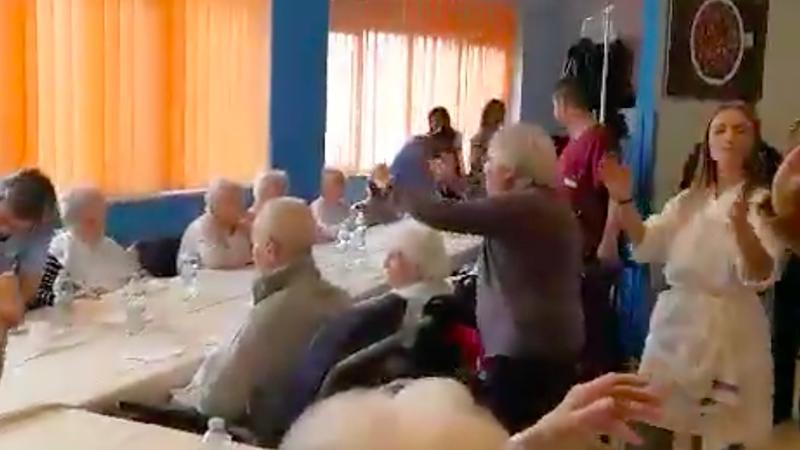 Pazienti con Alzheimer o terminali a scuola di cucina. In Puglia si fa assistenza con i prodotti locali.