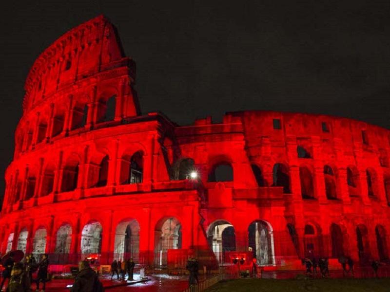 Giornata Mondiale contro l'AIDS: Colosseo diventa rosso!