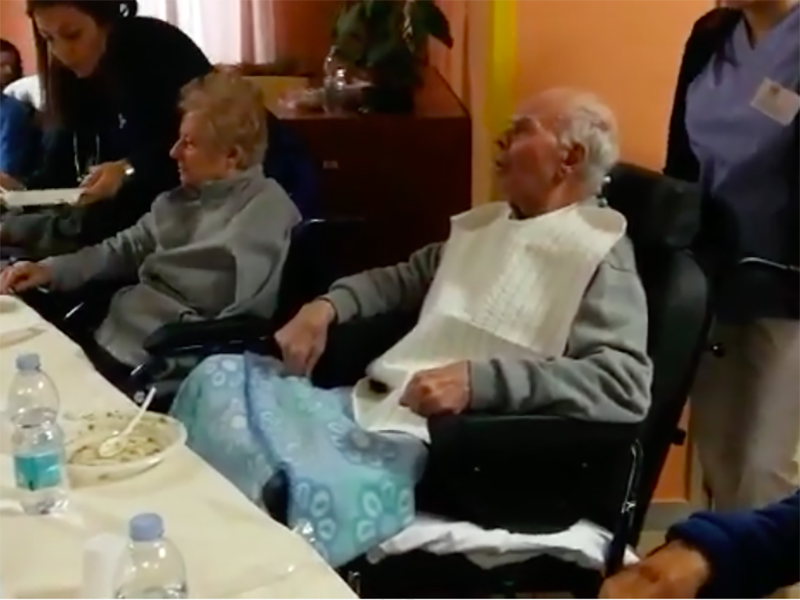 Pazienti con Alzheimer o terminali: parte l'Accudimento alimentare in Puglia.