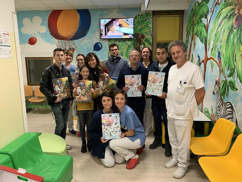 Ravenna: Leo Club dona calendari dell'avvento al reparto di pediatria!