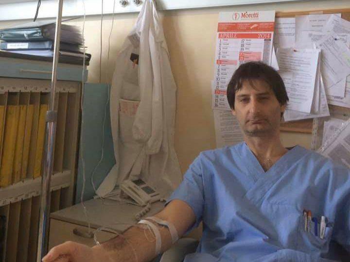 Medico si licenzia dopo 11 anni di servizio. In Italia è impossibile lavorare.