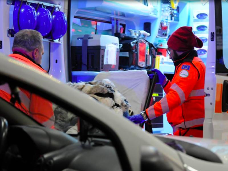 emergenza 118 ambulanza ares pronto soccorso stabilizzazioni