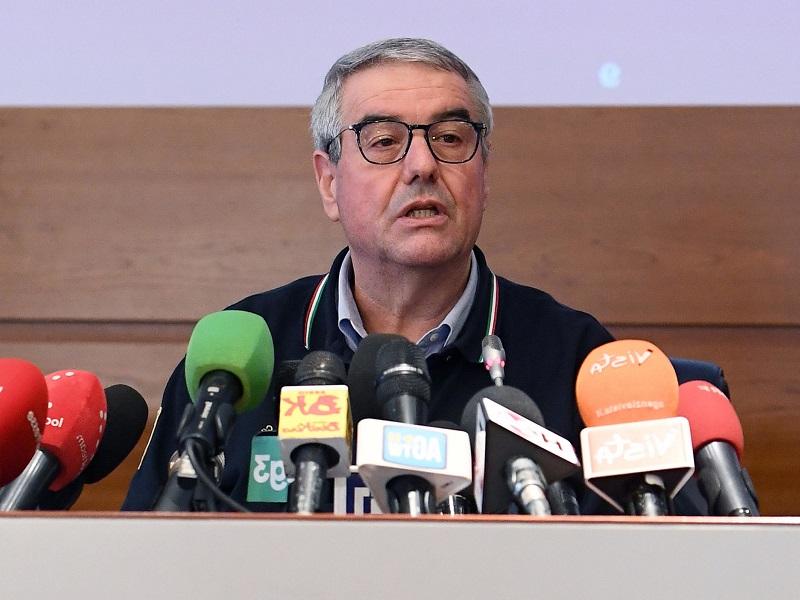 Coronavirus. Salta conferenza stampa della Protezione Civile, Angelo Borrelli ha febbre. Primo tampone negativo.