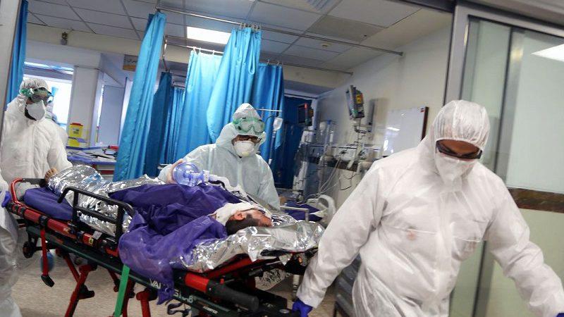 """Coronavirus, Medico a figlia vittima """"L'ho abbracciato io per lei. Gli abbiamo dato tutto l'ossigeno del mondo""""."""