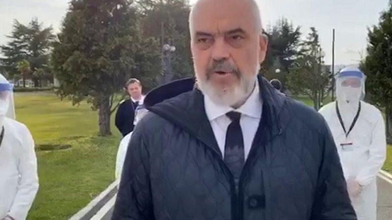 """Coronavirus Italia: 30 medici e infermieri dall'Albania. Il discorso di Edi Rama: """"Nessuno vince da solo!"""""""