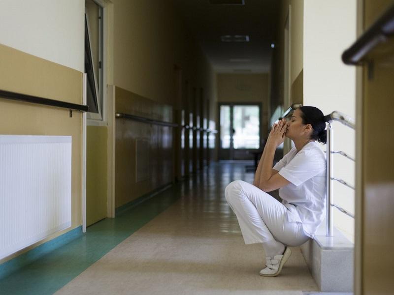 infermiera emozioni