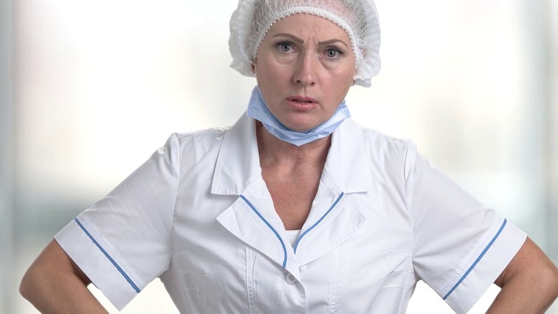 Coronavirus. L'OMS raccomanda le mascherine solo ai sanitari e ai pazienti affetti da COVID-19.