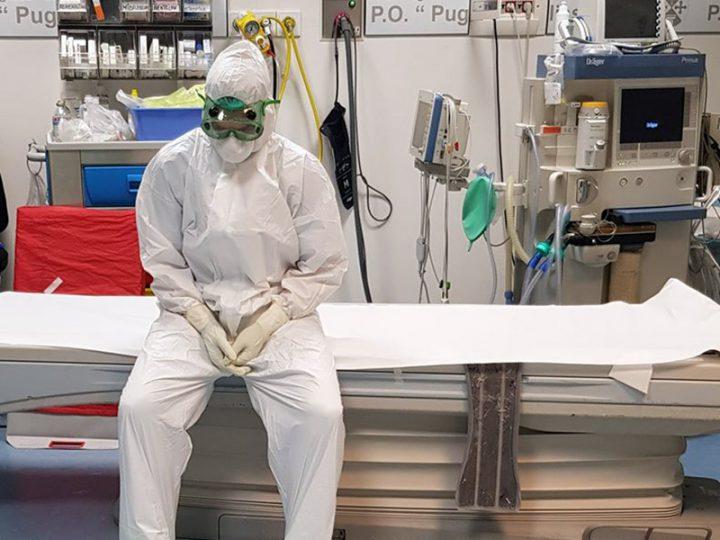 """Coronavirus. Michela, OSS: """"costretti ad indossare i pannoloni sotto la tuta per assistere i Pazienti con Covid-19""""."""