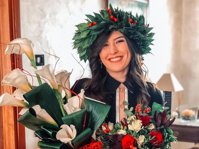 Teresa Lurdo, neo-Infermiera.