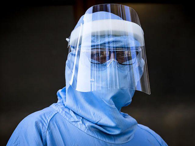 Carlo, Infermiere: La pandemia è la migliore scusa per togliere i diritti a noi lavoratori.
