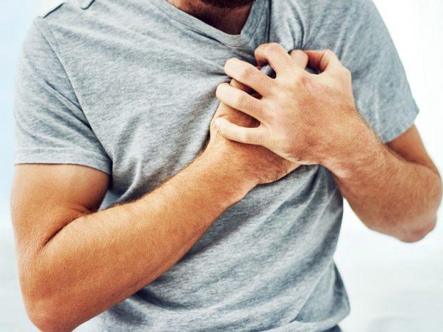 oss salva uomo in spiaggia segni sintomi infarto