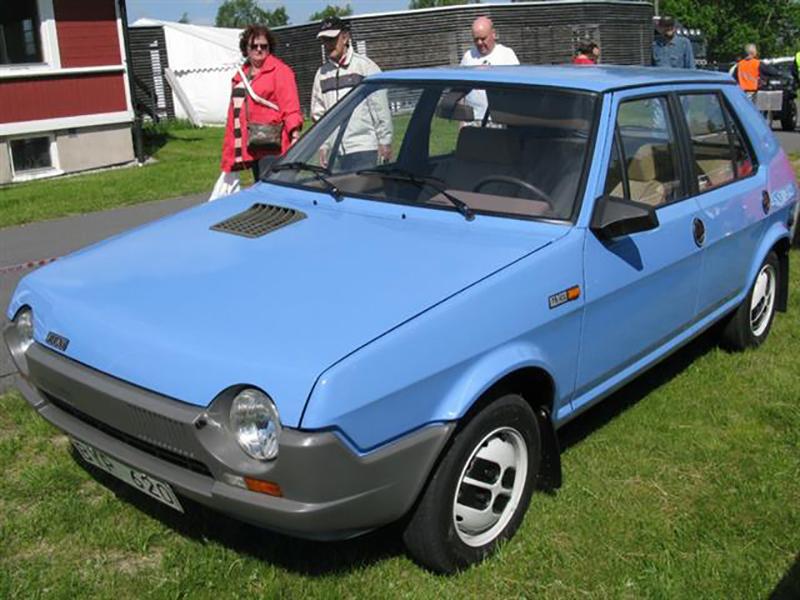 La vecchia e ormai storica Fiat Ritmo, nata nel 1978.