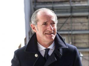 Luca Zaia, governatore del Veneto, chiede il carcere per chi viola le restrizioni anti-Covid.