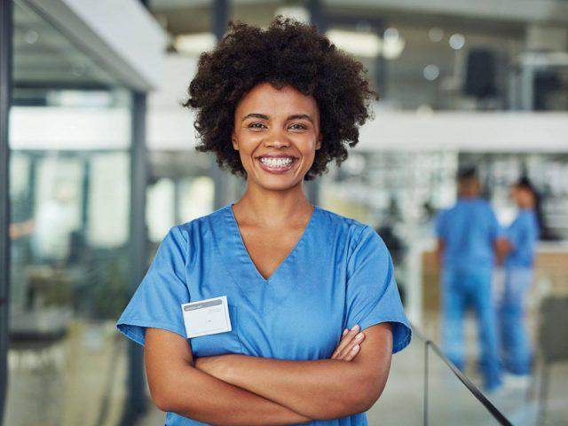 infermiera straniera estero